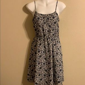 Loft sleeveless floral dress small